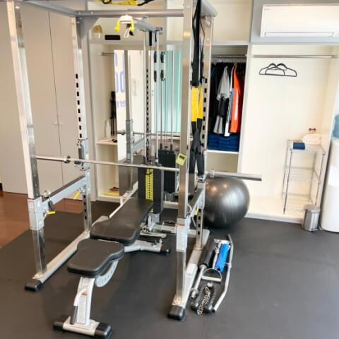 パーソナルトレーニングジム秋葉原店のトレーニング器具