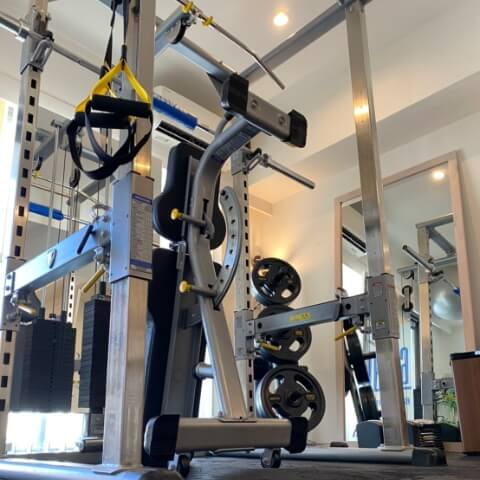 パーソナルトレーニングジム麻布十番店のトレーニング器具