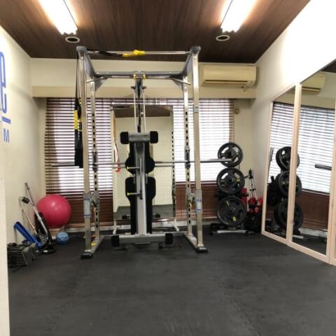 パーソナルトレーニングジム池袋西口店トレーニングルーム