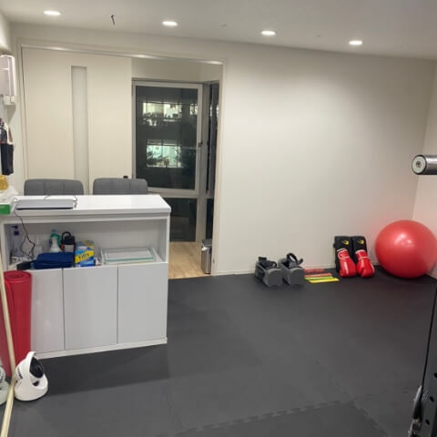 パーソナルトレーニングジム新宿三丁目店カウンセリングルーム