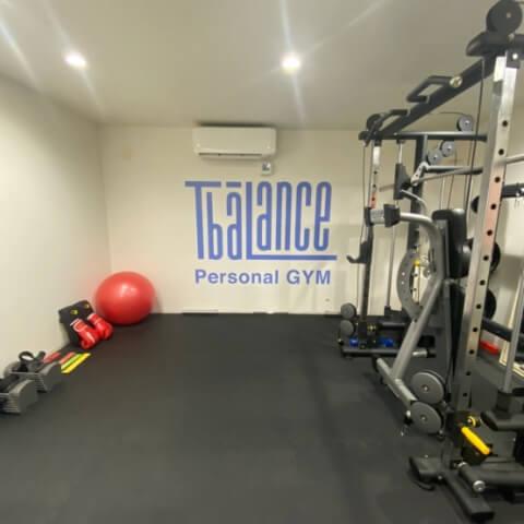 パーソナルトレーニングジムティーバランス新宿三丁目店トレーニングルーム