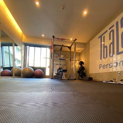 パーソナルトレーニングジムティーバランス心斎橋店のトレーニング器具